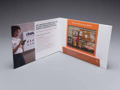 Cintas Manual Changing Picture Mailer Thumb Image