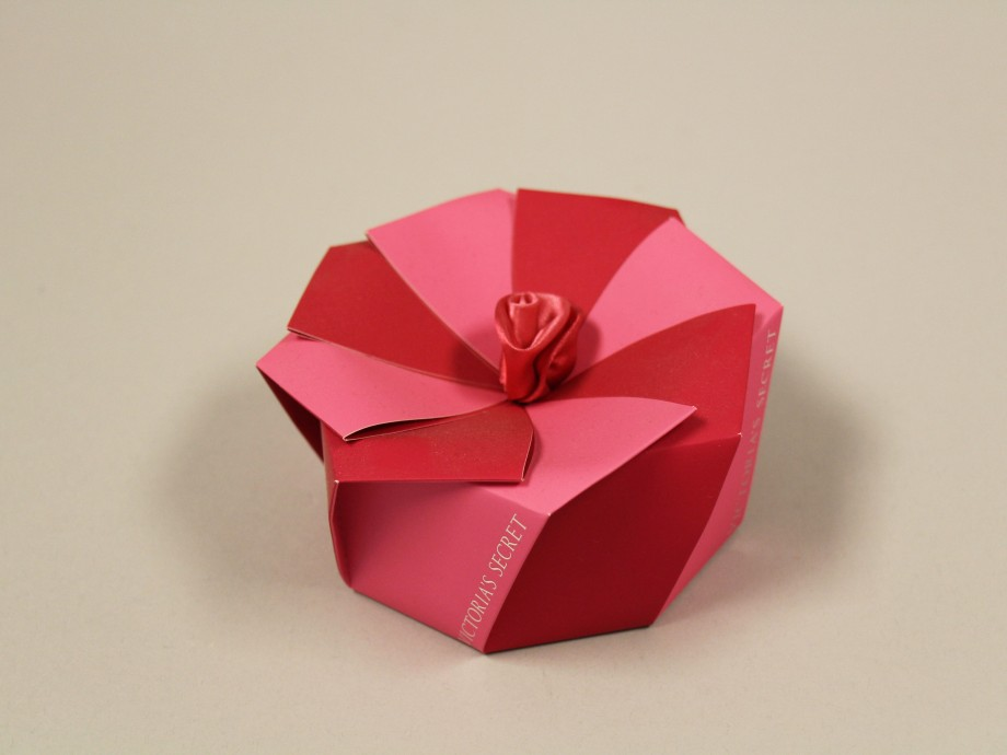Luxury Packaging Structural Graphics