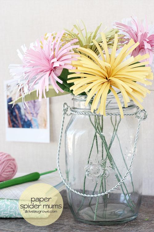 DIY paper flower tutorials via itsalwaysautumn.com.